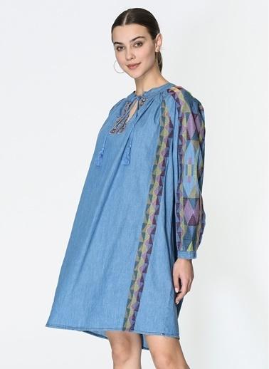 Loves You Nakışlı Soft Tuşe Denim Elbise Mavi